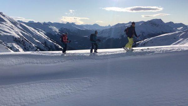 Auf einer geführten Skitour kannst du mal so richtig die Seele baumeln lassen ...
