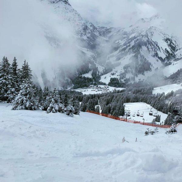 Ausblick: Walmedinger Horn - Baad 😍 Am Wochenende hat es endlich wieder geschneit ...