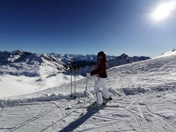 𝔈𝔦𝔫𝔣𝔞𝔠𝔥 𝔫𝔲𝔯 𝔤𝔩ü𝔠𝔨𝔩𝔦𝔠𝔥... • • 🎿🏔 • • #skigirl #freiheit #freedom auf #2400 ...