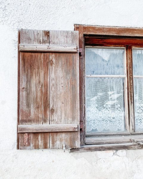 𝐛𝐞 𝐦𝐨𝐫𝐞 𝐜𝐮𝐫𝐢𝐨𝐮𝐬 𝐭𝐡𝐚𝐧 𝐝𝐞𝐟𝐞𝐧𝐬𝐢𝐯𝐞. • • • #vorarlberg #klösterle #austrianalps Klösterle, Vorarlberg, ...