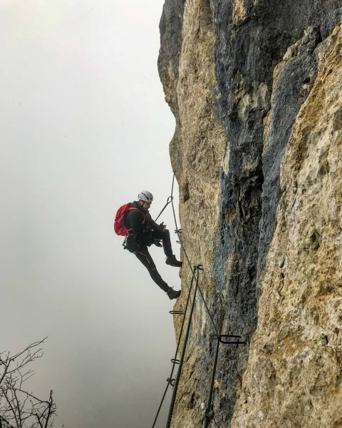#klettersteig #viakapf #beigutemwetterkannjeder #hackigel #viaferrata #götzis #dornbirn #kapfenberg #vorarlberg #austria #climbing #foggy #mountainhiking ...
