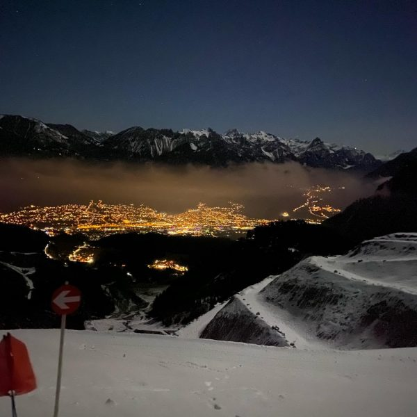 Schöne Runde am Abend... #freunde #loischkopf #frööd #skitour #bludenz #kwf Loischkopf
