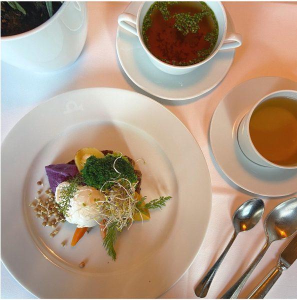 Detox Breakfast in @hotelpostbezau ———————————— ❄️⭐️ ——————————— Légumes dès le réveil avec: • ...