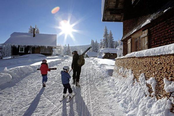 ❄☃️GREAT NEWS! Das Bödele geht morgen (Sonntag, 19. Jänner) mit 6 Skiliften in ...