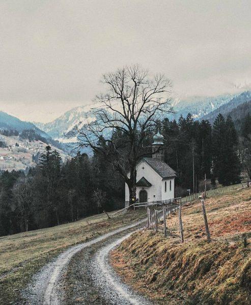 Exploring unkown paths in Übersaxen 🛤💒. . Es gibt so viele schöne, kleine, ...