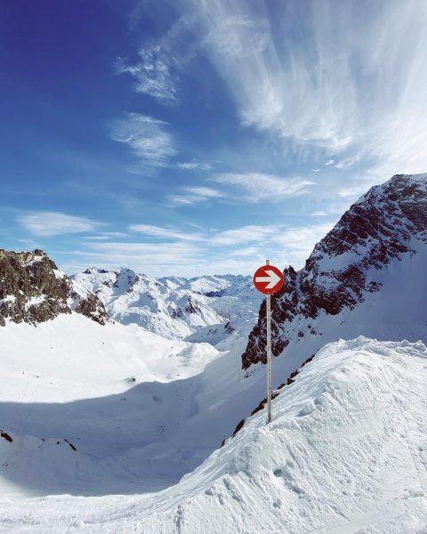 Perfect day #lech #lechzuers #snow #ski #austria #vorarlberg #visitvorarlberg #winter #zuers Lech, Vorarlberg, ...