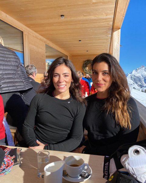 Big Squintin' 👩🏻🤝👩🏽💕 Der WOLF - Skihütte Lech