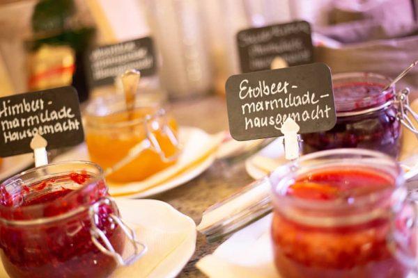 Das Frühstück ist die wichtigste Mahlzeit des Tages.🍴😀Deshalb bietet unser Frühstücksbuffet nur die ...