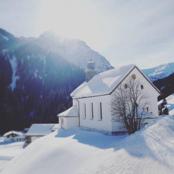 So stelle ich mir den Winter in den Bergen vor ❄️ . . ...