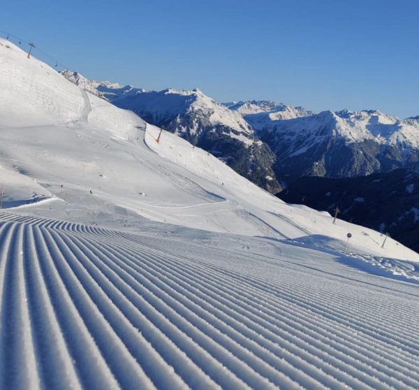 The slopes are ready, are you? ❄️☀️ Thanks for the pics @wintersportlive 😍 ...