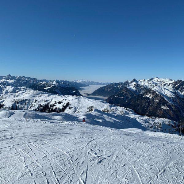 another day in paradise #nofilter #skiing #sunnyday #sonnenkopf #klostertal Sonnenkopf - Familienskigebiet & ...