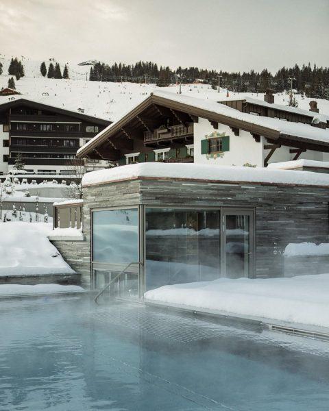 Life is better by the pool @hotelarlberglech #mountainspa #lech Lech, Vorarlberg, Austria