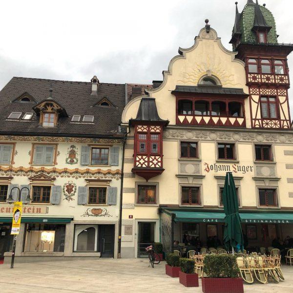 🏘🌄🏛 Дорнбирн ☺️— старинный , как пряничный игрушечный 🏘город на западе Австрии. #работаем☺️ ...