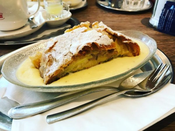 I am such am enthusiast of Austrian pastries. They are never oversweetened and ...