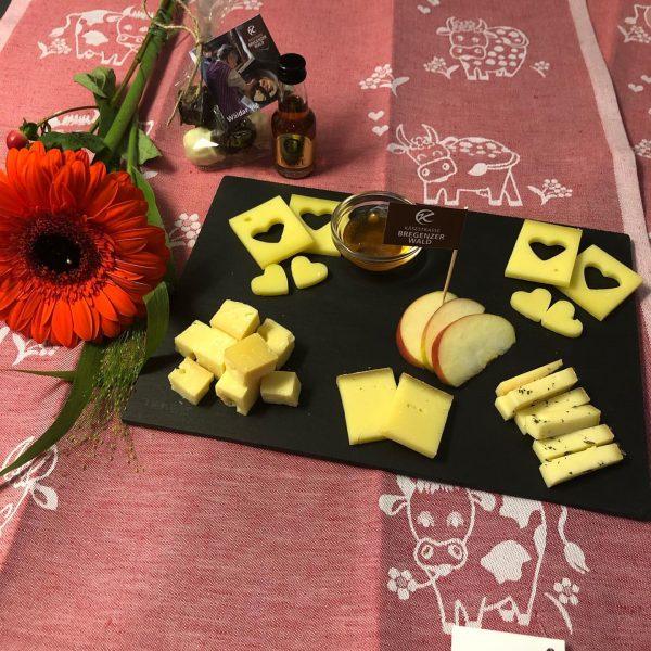Herzhafte Valentinsgrüße aus der KäseStrasse Bregenzerwald. Auch mit einfachen Tricks könnt ihr für ...