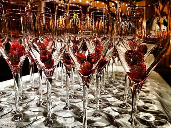 Wir freuen uns schon auf unseren wöchentlichen Welcome Drink für unsere Gäste, heute ...