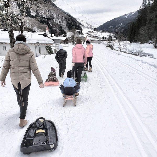 """Wir sind heute mit dem """"Rodel"""" unterwegs. #rodeln #klösterle #klösterleamarlberg #rodelstrecke #schlittenfahren #schlitten ..."""
