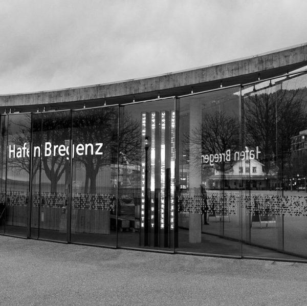 #bregenz #bregenzhafen #bodenseeliebe #bodensee #streetphotography