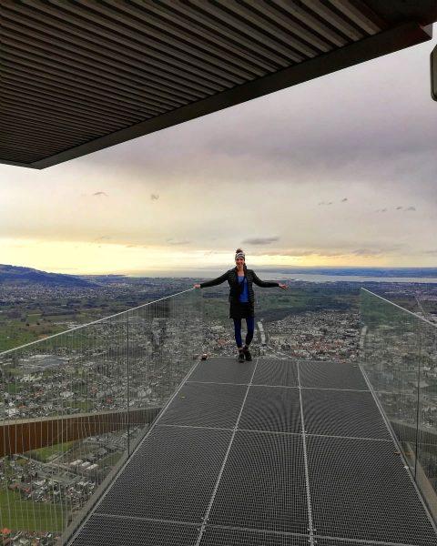 KARREN KANTE AUSSICHTSPUNKT 976m Blick ins Rheintal. War ein bisschen windig heute🌬️🌪️🌲🍃aber egal ...