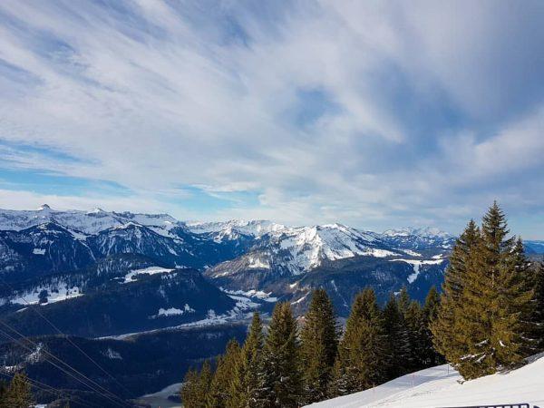 🗻🌞 • #berghofbezau #bezau #sonderdach #bregenzerwald #vorarlberg #austria #österreich #europa #visitvorarlberg #visitbregenzerwald #visitsonderdach ...