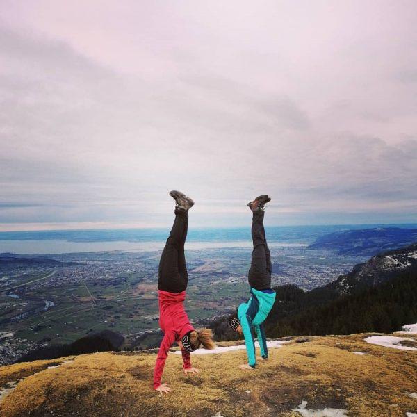 #hohekugel1640m #handstand #malwieder #wandern #winterwonderland 😅 #auspowern #ländle #bodensee #ebnit #wunderschönes #vorarlberg ▫️▪️▫️ ...