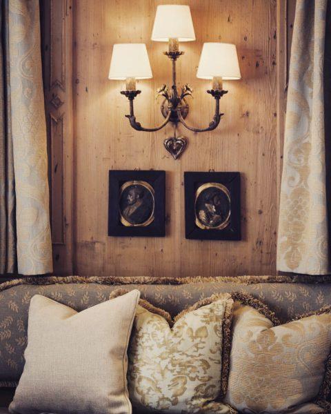 Greetings from the Stüble. ❤️ . . . #derberghoflech #derberghof #fineststay #lechamarlberg #interiordesign ...