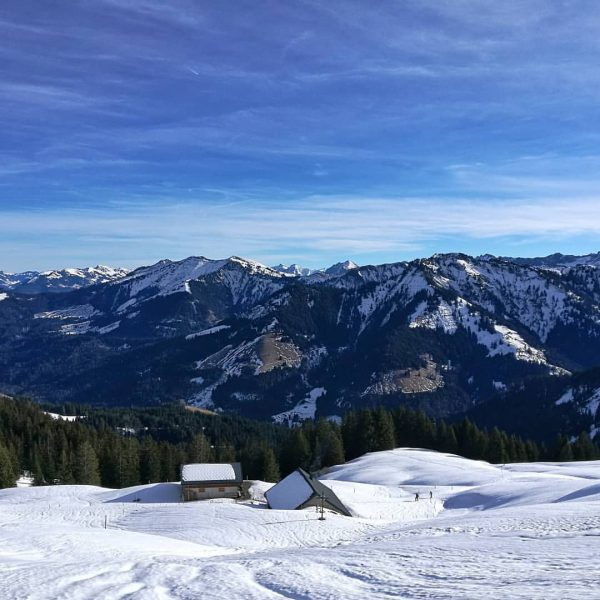 #winterlandscape . . . . #winterlandschaft #berge #mountains #landscape #landschaft #landscapephoto #landscape_capture #naturephotography ...