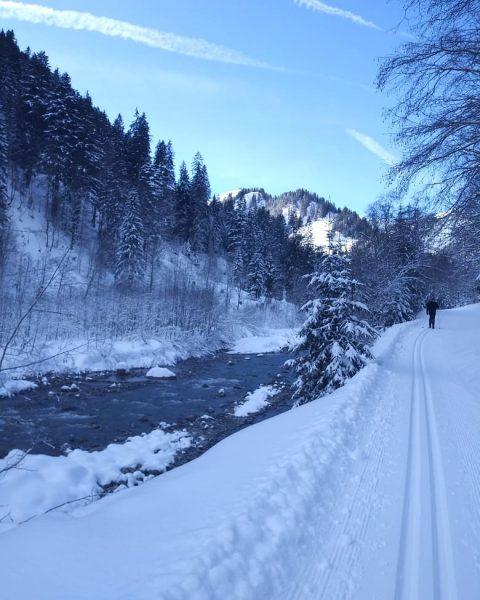Perfect day #kleinwalsertal #langlauf #steinbockloipe #baad #bödmen #vorarlberg #visitvorarlberg #austria #sunnyday #winterishere