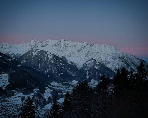 Guten Morgen aus Schruns ☕ Wir starten mit -7,7 Grad in einen Traumtag! ...
