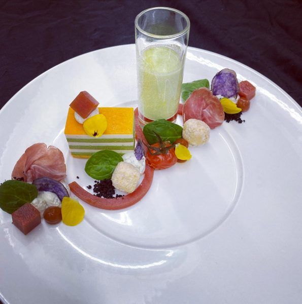 Baby Spinat,Feta,Tomate #spinat #fetakäse #foodporn #foodblogger #foodphotography #food #gourmande #postlech #gasthofpostlech #haubenküche #gaultmillau ...