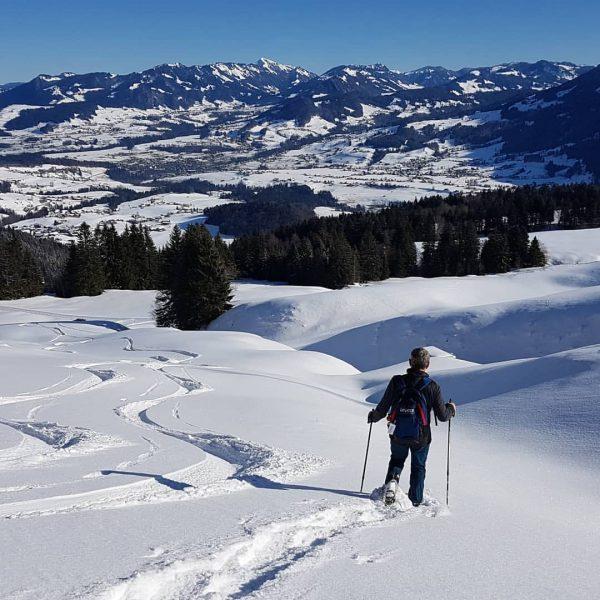 Schwarzenberg #bregenzerwald #winterfreuden #toller wintertag #schneeschuh #sonne