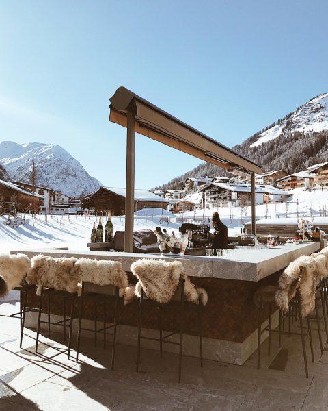 Love at first sight ________ #lechzürs #austria #paradise #skiseason #lechzurs #winterholiday #magicalplace #arlberg ...