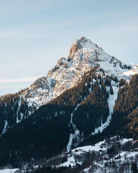 Swipe to turn off the light. ⏳ - #austria #vorarlberg #montafon #igersaustria #tschagguns ...