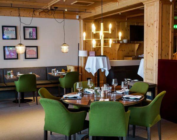 Du, Alpenrestaurant Valluga und Wein 😉, dass sind die magischen 3 Worte mit ...