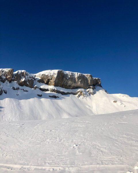 Perfekte Pisten - atemberaubende Aussichten und sportliches Skifahren ⛷ einfach HIMMLISCH Haller's Geniesserhotel