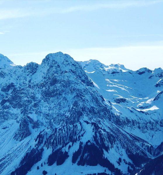Der #zweitschönstebergderwelt #hochkünzelspitze #bregenzerwald #auschoppernau @auschoppernau @visitvorarlberg @visitbregenzerwald Diedamskopf