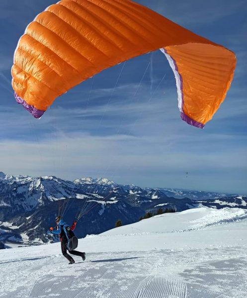 #enjoylife #bettertobethere #winter #paragliding #ibex4 #geilezeit #bezau #bregenzerwald #nice #mountains #thatview #thatslife #flysohigh ...