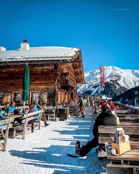 Es gibt viele Gründe für einen Skiurlaub in Österreich. Für mich sind die ...