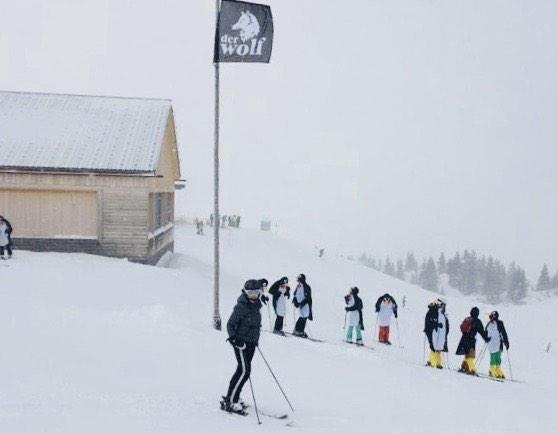 noch ein letztes #foto vom #skiurlaub in #lech #lechamarlberg #arlberg mit den #pinguinen ...
