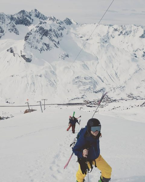 Want to be HIGH? ❄⛷with 🌟TomVau Adventures🌟 #nature #culture #sport #hollerin #holiday #sun ...