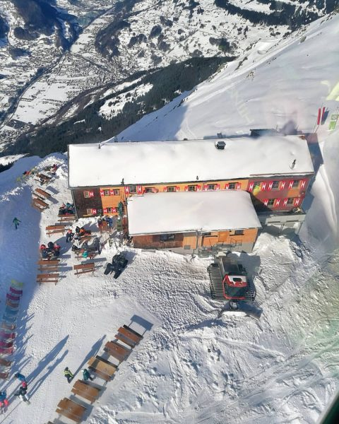 Die WORMSER HÜTTE von oben // 2307m. Die Alpenvereinshütte der Sektion Worms, fotografiert ...