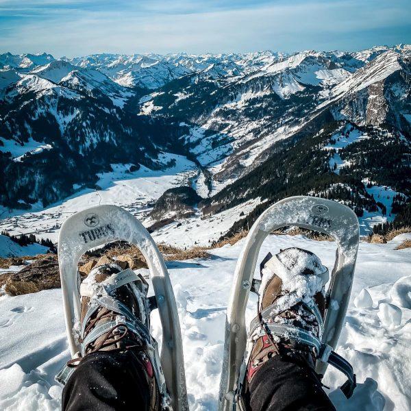 Es muss nicht immer nur Skifahren sein. Mit Schneeschuhen war ich unterwegs am ...