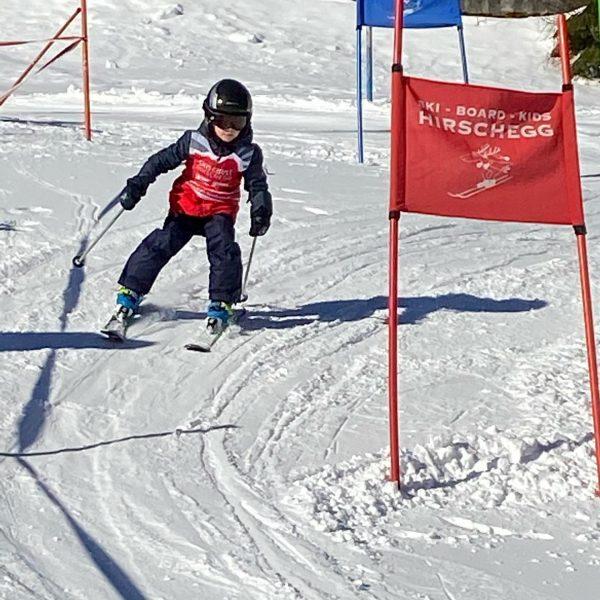 Letzten Ferientag genießen! Traumwetter, Skirennen...bis zum nächsten Jahr! #skitage #skiurlaub #alphotel #kleinwalsertal #skischulehirschegg ...