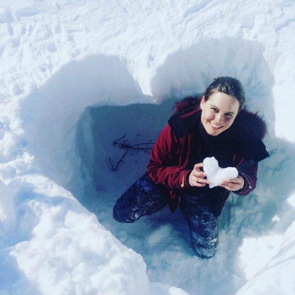 Be my Valentine 💞 Unsere Damülser Schneekönigin wünscht einen romantischen Valentinstag. Ob sie ...