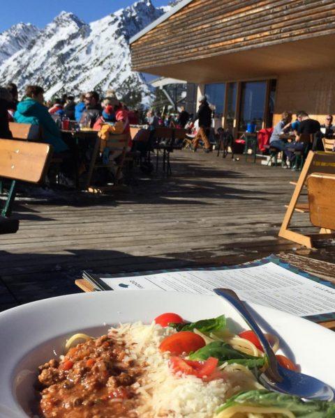 Der Preis für die besten Berg Spaghetti Bolognese geht ans Frööd #brandnertal #frööd ...