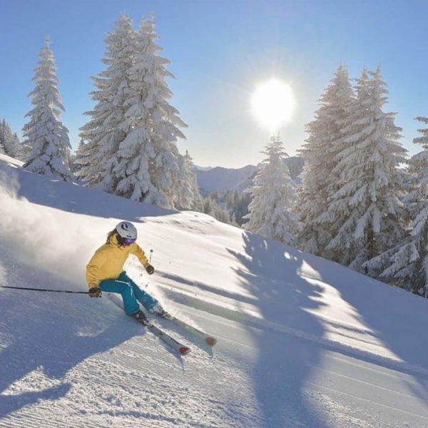 Wintersportler lieben das Hotel Schwärzler als genussvollen Ausgangspunkt, um innerhalb kurzer Zeit verschiedene ...