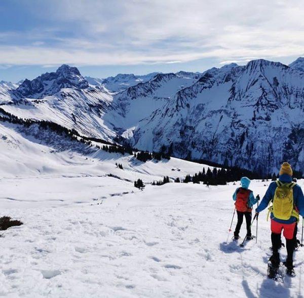 Snowshoehiking with a view 📸 by @apoll1987 #visitbregenzerwald #bregenzerwald #vorarlberg #austria #schoppernau #diedamskopf ...