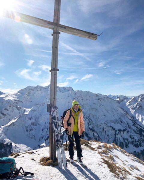 ~•gipfelgenuss•~ | 🙌🏼 | die erste belohnung bei einer skitour ist den gipfel ...