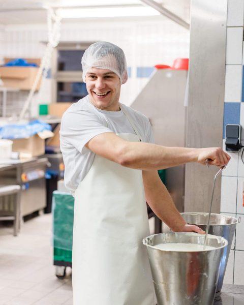 Unsere neuen Jogurtbecher sind da! Jetzt erhältlich bei unseren Partnern in Vorarlberg und natürlich in Üs'rem Lada!...