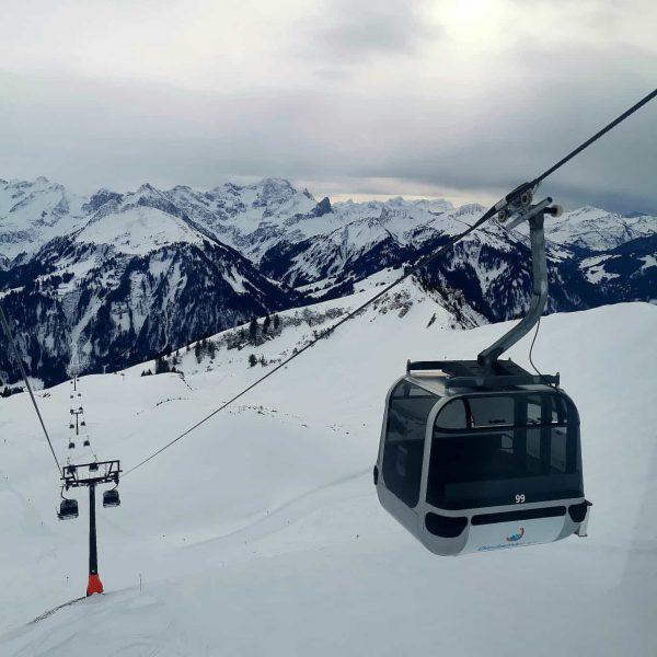 Skidweekend i Vorarlberg I västra Österrike! Tidigt flyg imorse och efter lunch hann ...